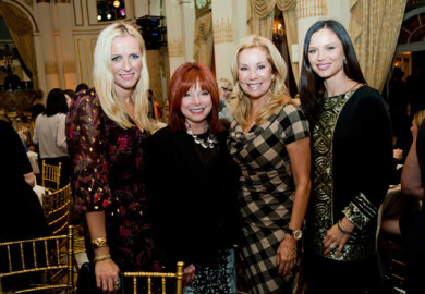 Kathie Lee Gifford at Meals On Wheels Event